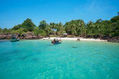 Phu Quoc Island, Vietnam on ihastuttava, pieni lomaparatiisi Siaminlahdella, | Let's go! www.tjareborg.fi | Beautiful Vietnam, Joko, Varanasi, Vietnam Travel, Where The Heart Is, Southeast Asia, Cambodia, Island, Places