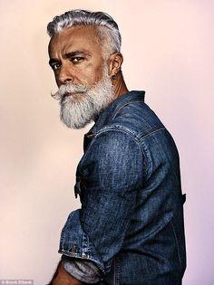 O fotógrafo inglês Brock Elbank é dono de uma coleção de retratos de barbas magníficas em várias partes do mundo.