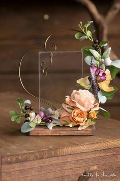 A lovely way to display the wedding rings for Ceremony Clay Flowers, Dried Flowers, Paper Flowers, Deco Floral, Floral Design, Flower Crafts, Flower Art, Wedding Centerpieces, Wedding Decorations