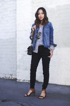 Look trabalho com jaqueta jeans! Yeah!