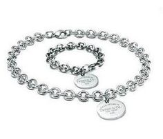 Tiffany  Co Outlet Oval Tag Set