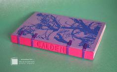 • árboles • encuadernaciones belgas Cubierta de tela serigrafiada por Entrerizomas• Bajorrelieve en lomo• Guardas serigrafiadas por Mantarrayalunar•80 hojas (56 ahuesadas de 80grs + 24 de color…