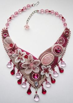 Embroidered necklaces by Alina Limonova | Beads Magic