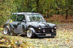 Vintage car and supercar famous photos Mini Cooper S, Mini Cooper Classic, Classic Mini, Classic Cars, Micro Rc, Minis, Mini Morris, Mini Lifestyle, Automobile