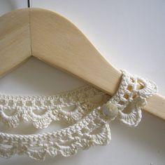 Crochet necklace Tutorial ..★ Teresa Restegui http://www.pinterest.com/teretegui/ ★..