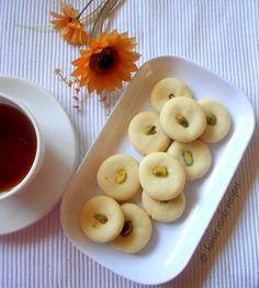 Nankhatais/ eggless indian cookies