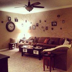 Living Room. Wall mural. Family tree design.