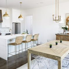 Kitchen Island and Kitchen Nook Layout. Kitchen Island and Kitchen Nook Layout Ideas. Open Kitchen Island and Kitchen Nook Layout Hudson Valley Lighting Leslie Cotter Interiors, LLC. Clear Dining Chairs, Oak Dining Table, Dining Area, Dining Rooms, Wood Table, Kitchen Nook, Open Kitchen, Kitchen Layout, Kitchen Hair