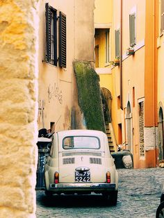 living there must be a poem by sma_kee, via Flickr. Rome, Italia.