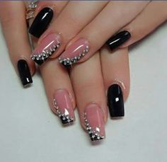 This Royal Black, Grey and White Nail Art Design. Feel the royal ambiance by getting this amazing royal looking nail art design with the combination of black, white and grey nail colors boosted up with the pearls. Nail Art Design Gallery, Best Nail Art Designs, Stylish Nails, Trendy Nails, Bright Orange Nails, White Nail Art, Pretty Nail Art, Best Acrylic Nails, Black Nails