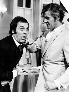 Tony Curtis and Roger Moore Ham It up on the Set of the Television Series the Persuaders Kunstdruck bei AllPosters.de