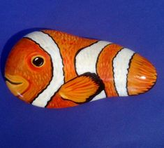 Hand painted rock clown fish by Cobblecreatures on Etsy