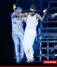 Justin Bieber Kicks Lil Za, Lil Twist Out After Jewelry Heist