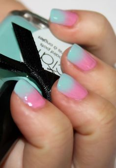 Ombre nails for 2013 please!    That looks like cotton candy!
