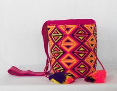 Wayuu-Mochila-bag