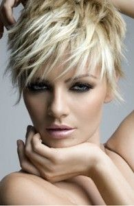 Today we have the most stylish 86 Cute Short Pixie Haircuts. We claim that you have never seen such elegant and eye-catching short hairstyles before. Pixie haircut, of course, offers a lot of options for the hair of the ladies'… Continue Reading → Stylish Haircuts, Funky Hairstyles, Hairstyles Haircuts, Layered Hairstyles, Brunette Hairstyles, Celebrity Hairstyles, Bob Haircuts, Latest Hairstyles, Asymmetrical Hairstyles