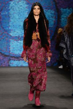 ANNA SUI Official Website.