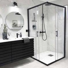 Banheiro preto e branco: 50 dicas e inspirações Interior Design Minimalist, Bathroom Goals, Dream Bathrooms, Master Bathrooms, Master Baths, Small Bathrooms, Modern Bathrooms, Beautiful Bathrooms, Modern Luxury Bathroom