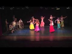 il nostro saggio: ecco tutte le danzatrici di Spazio Aries ed ecco come intendiamo la danza orientale a Spazio Aries