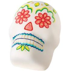 Please someone have a Halloween party so I can make this Mexican Day of the Dead Skull cake!