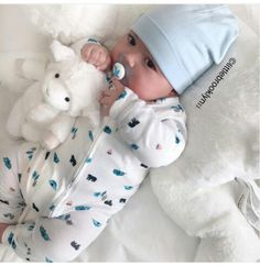 Keep the best memory of your loved baby! Cute Baby Boy, Cute Little Baby, Baby Kind, Cute Baby Clothes, Little Babies, Baby Love, Cute Babies, Cute Baby Pictures, Everything Baby