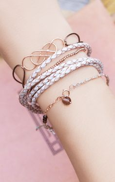 Love double-infinity. /   NEWONE-SHOP.COM I #armparty