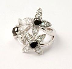 bague diamants noirs et diamants blancs par ilithé