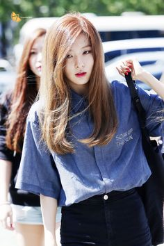 Hello I'm Seulgi from the group Red Velvet from SM Entertainment I love dance and I'm quite shy at first meet and one of my best friends is Irene Ulzzang Fashion, Kpop Fashion, Asian Fashion, Fashion Online, Fashion Trends, Airport Fashion, Park Sooyoung, Red Velvet Seulgi, Velvet Fashion