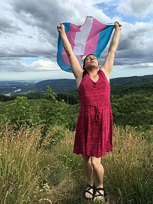 Genderqueer - Wikipedia, the free encyclopedia