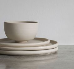 Unique Ceramic Tableware You Will Like. Unique Ceramic Tableware You Will Like. Ceramic materials or porcelain is a material that has always been the best known and durable for eating utensi. Ceramic Pots, Ceramic Tableware, Clay Pots, Fire Clay, Vases, Ceramic Materials, Nordic Design, Everyday Objects, Minimalism