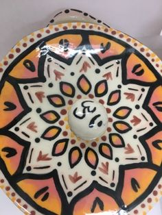 This is my underglaze project, I got very creative with this and really showed for talent with underglaze. Advanced Ceramics, Art Blog, Creative, Projects, Log Projects, Blue Prints