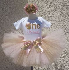 *Girls 1st Birthday One Minnie Mouse Gold And Pink Quick Ship Tutu Set