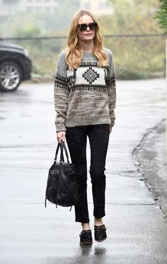 Kate Bosworth in her signature cozy sweater + skinny jeans look