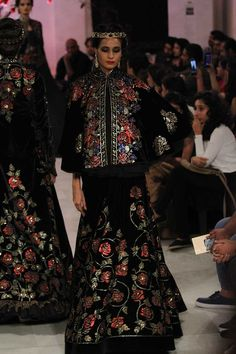 By designer Rohit Bal. Bridelan - Personal shopper & style consultants for Indian/NRI weddings, website www.bridelan.com #Bridelan #weddinglehenga #RohitBal #IndiaCoutureWeek2016