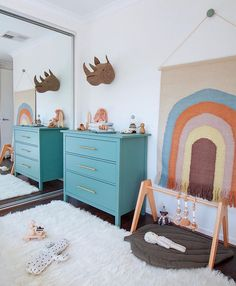 Minty Magazine Real Room Tours: Somewhere over the Rainbow Childrens Beds, Childrens Room Decor, Baby Nursery Decor, Nursery Neutral, Rainbow Room Kids, Rainbow Wall, Kids Playroom Storage, Toddler Rooms, Kids Rooms