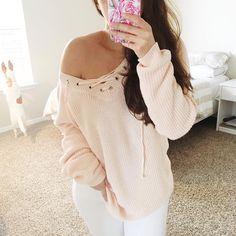 Mia    Mia Goes Shopping on Instagram