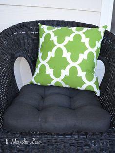 DIY Experiment:  Use Regular Spray Paint on Outdoor Cushions! – 11 Magnolia Lane