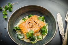 Tom+Kitchin+recipe:+Pan+fried+wild+salmon,+vegetables+and+sorrel+beurre+blanc