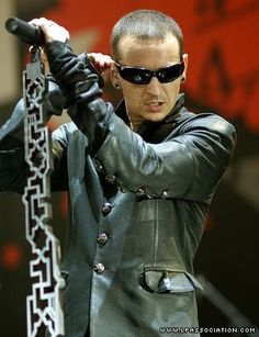 Chester Bennington - Linkin Park  love the thing where he puts his mice on