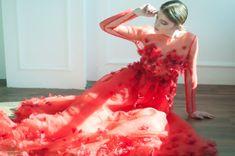 Hoi! Ik heb een geweldige listing gevonden op Etsy https://www.etsy.com/nl/listing/240448616/red-silk-gown-red-evening-dress