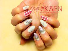 hand painted nail art Maiko Kaen Nails
