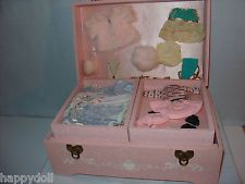 Ginny, early 1955 Bridal Case with clothes,shoes,socks, glasses,necklace,doll EX