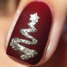 Christmas Nail art Designs and Ideas for 2017 - holiday nails - Cute Christmas Nails, Christmas Nail Art Designs, Xmas Nails, Holiday Nails, Simple Christmas, Christmas Trees, Christmas Glitter, Christmas Design, Christmas 2017