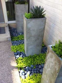 Simple clean modern front yard landscaping ideas - All For Garden River Rock Landscaping, Small Backyard Landscaping, Landscaping With Rocks, Modern Landscaping, Landscaping Ideas, Landscape Curbing, Landscape Rocks, Landscape Timbers, Modern Front Yard