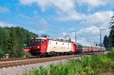 CFR Călători 41-0056-6 @ Predeal | by Andrei Pintea Electric Power, Locomotive, Euro, Nostalgia, Explore, Paths, Locs, Exploring