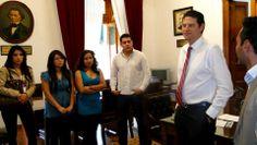 Escuchando a los jovenes alumnos del 9° Sem. Secc. 25 de la Fac. de Administración de la UMSNH.