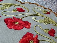 Em's Heart Antique Linens -Antique Society Silk Embroidered Poppies Centerpiece