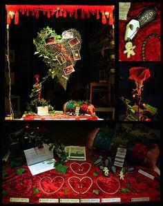 Ein schaurig schönes Valentinstags-Schaufenster konnte man im Januar / Februar 2020 im Klunkerfisch-Laden sehen. ;) Herzblut, Voodoo-Puppen, Liebesgedichte - dazu wunderschöne Edelstein-Halsketten - alles, was ein schwarzes Herz begehrt. ;) Halle, Painting, Art, Love Poems, Black Heart, Store Windows, Handmade Jewelry, February, Rhinestones