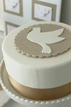 Kate Landers Events, LLC| dove cake! perfect for a boys or girls Baptism, Christening, Communion and Confirmation