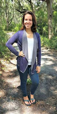 Love the color, print, style and versatility (reversible).  Also looks like it is a heavier weight perfect for the fall/cooler months.  (Market and Spruce Margerie Stripe and Dot Open Cardigan / Pieces of Me: Stitch Fix Review September 2015 and a Giveaway!)